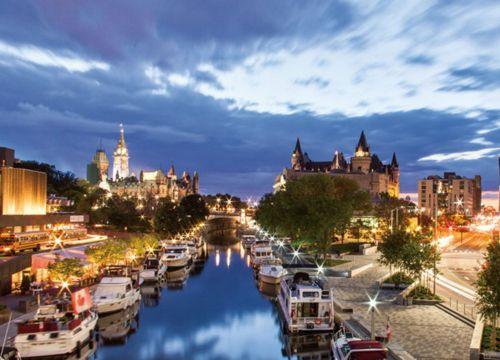 Đi Canada nên mua quà gì?