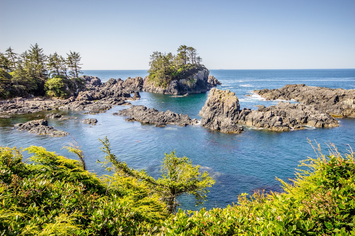 ve-may-bay-di-nanaimo-canada-gia-re