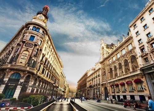 Vé máy bay đi Madrid Tây Ban Nha hãng Korean Air