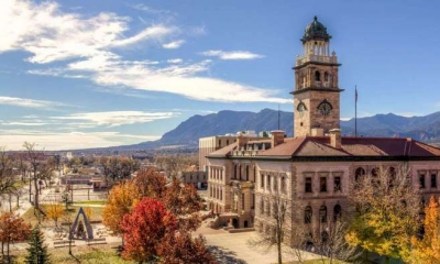 Vé Máy Bay Đi Mỹ Giá Rẻ Đến Colorado Springs