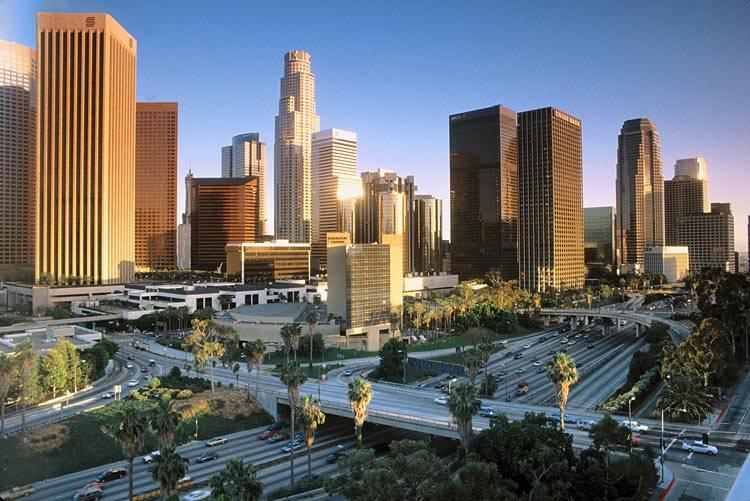 VÉ MÁY BAY ĐI LOS ANGELES KHỨ HỒI CHỈ TỪ 923 USD