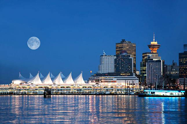 ve may bay di Vancouver chi tu 450 USD 2