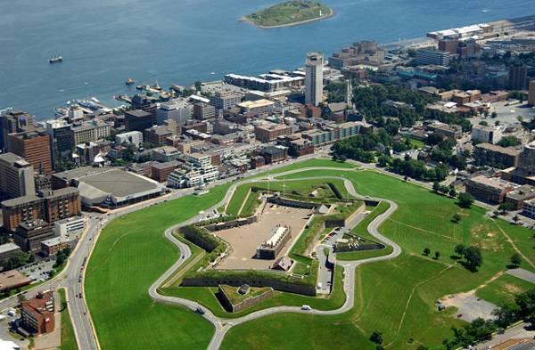 du lịch Halifax tiet kem